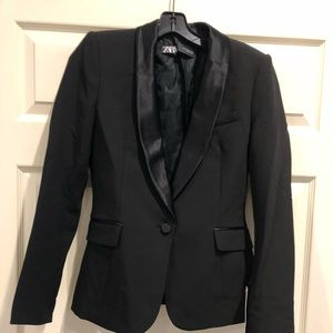 Zara Tuxedo Black Jacket. New with tag